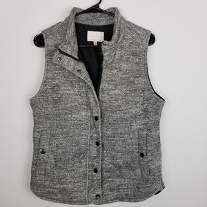 Skies Are Blue M Gray Marled Vest